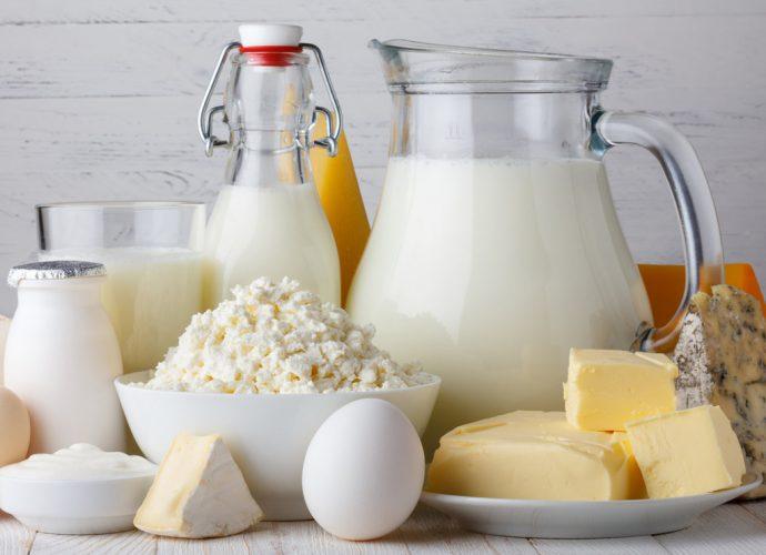 Сколько стоит Молоко, Молочная продукция и Яйца в республике Крым. яйцо цена Молочная продукция Молоко