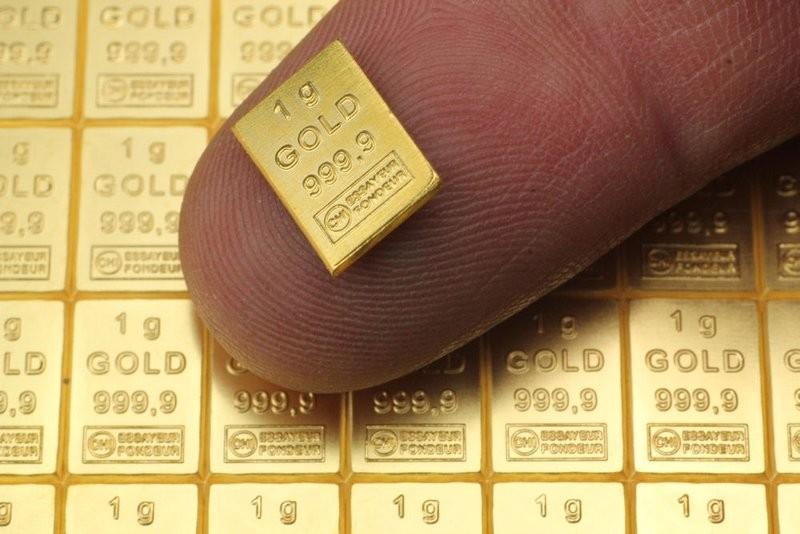 Сколько стоит грамм золота в России цена Золотой слиток Золото Драгоценный металл