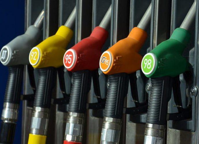 сколько стоит бензин А92 в Крыму? цена стоимость Крым бензин А92