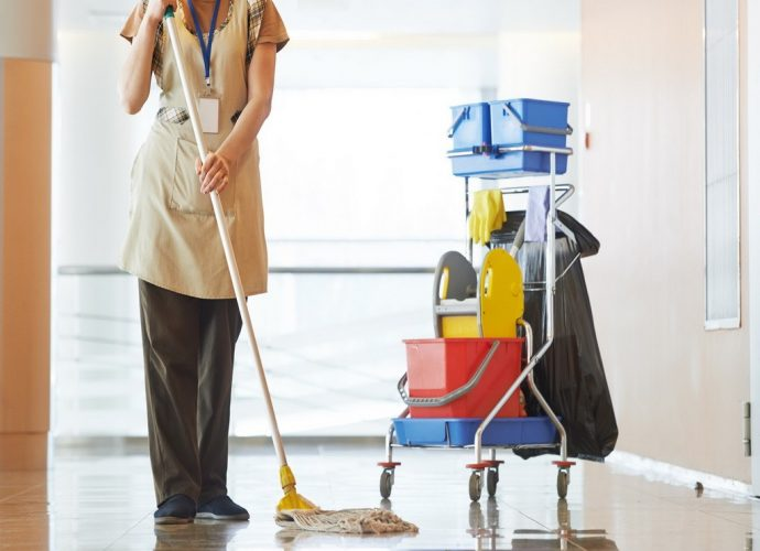Сколько стоят услуги няни, домработницы цена услуги няни услуги домработницы стоимость расценки