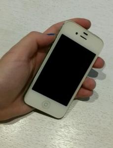 Сколько стоит iPhone 4S